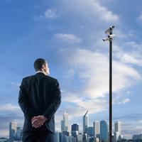 Asian businessman admiring Perth city skyline, Western Australia, Australia 11018052089| 写真素材・ストックフォト・画像・イラスト素材|アマナイメージズ