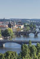 Bridges over Prague river, Prague, Czech Republic 11018071818  写真素材・ストックフォト・画像・イラスト素材 アマナイメージズ
