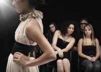 Model on runway at fashion show 11018078782| 写真素材・ストックフォト・画像・イラスト素材|アマナイメージズ