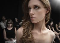 Caucasian model on runway at fashion show 11018078783| 写真素材・ストックフォト・画像・イラスト素材|アマナイメージズ