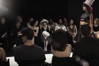 Chinese model on runway in fashion show 11018078790| 写真素材・ストックフォト・画像・イラスト素材|アマナイメージズ