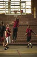 Men playing basketball 11018079416  写真素材・ストックフォト・画像・イラスト素材 アマナイメージズ