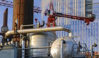 Steam from pipe near highrise 11018080178| 写真素材・ストックフォト・画像・イラスト素材|アマナイメージズ