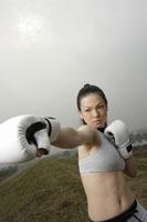 ボクシングをする日本人女性