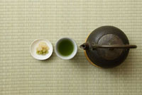 鉄瓶と緑茶