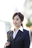ビジネスウーマン 11019016390| 写真素材・ストックフォト・画像・イラスト素材|アマナイメージズ