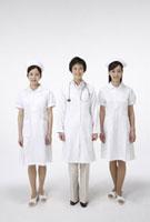 医師とナース 11019016460| 写真素材・ストックフォト・画像・イラスト素材|アマナイメージズ