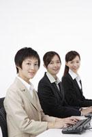 ビジネスウーマン 11019016480| 写真素材・ストックフォト・画像・イラスト素材|アマナイメージズ