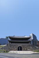 復元された南大門・崇礼門 ソウル 11019029614| 写真素材・ストックフォト・画像・イラスト素材|アマナイメージズ