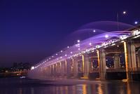 漢江の噴水ショー ライトアップ ソウル