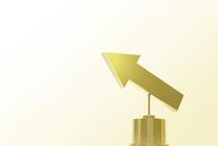 ゴールドの矢印 CG 11019034324| 写真素材・ストックフォト・画像・イラスト素材|アマナイメージズ