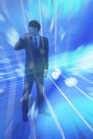 ビジネスマンと光と数字 CG