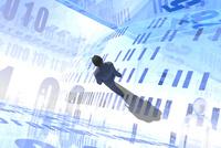 歩くビジネスマンと数字が並ぶ光の空間 CG 11019038105| 写真素材・ストックフォト・画像・イラスト素材|アマナイメージズ