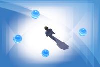 歩くビジネスマンと4つの球体 CG 11019038106| 写真素材・ストックフォト・画像・イラスト素材|アマナイメージズ