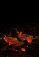 炭火 11020002011| 写真素材・ストックフォト・画像・イラスト素材|アマナイメージズ