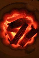炭火 11020002051| 写真素材・ストックフォト・画像・イラスト素材|アマナイメージズ