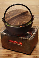 炭火と鍋イメージ
