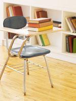 Books on Desk 11021007397| 写真素材・ストックフォト・画像・イラスト素材|アマナイメージズ