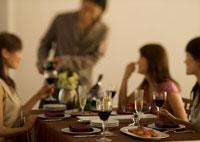 ホームパーティー 11022000416| 写真素材・ストックフォト・画像・イラスト素材|アマナイメージズ