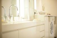 洗面化粧台 11023001530| 写真素材・ストックフォト・画像・イラスト素材|アマナイメージズ