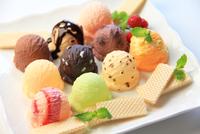 アイスクリーム 11023010552| 写真素材・ストックフォト・画像・イラスト素材|アマナイメージズ