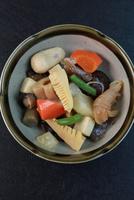 煮物 11023017952| 写真素材・ストックフォト・画像・イラスト素材|アマナイメージズ