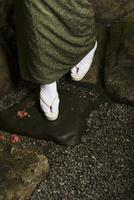 着物姿の女性の足元