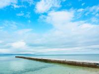 竹富島の西桟橋 11023021052| 写真素材・ストックフォト・画像・イラスト素材|アマナイメージズ