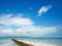 沖縄の海 11023021090| 写真素材・ストックフォト・画像・イラスト素材|アマナイメージズ