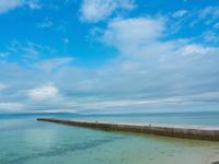 沖縄の海 11023021272| 写真素材・ストックフォト・画像・イラスト素材|アマナイメージズ