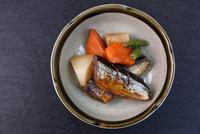 さんまの甘露煮 11023021348| 写真素材・ストックフォト・画像・イラスト素材|アマナイメージズ