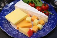 チーズ盛り合せ 11023021612| 写真素材・ストックフォト・画像・イラスト素材|アマナイメージズ