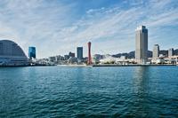 神戸の街並と海 11023021796| 写真素材・ストックフォト・画像・イラスト素材|アマナイメージズ