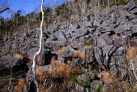 然別の岩場 11023022573| 写真素材・ストックフォト・画像・イラスト素材|アマナイメージズ