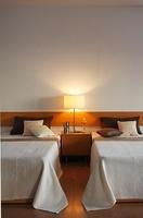 ベッドルーム 11026012631| 写真素材・ストックフォト・画像・イラスト素材|アマナイメージズ