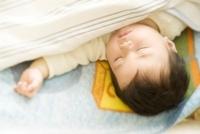 眠る赤ちゃん(10ヶ月)