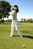 Female golfer 11029010069| 写真素材・ストックフォト・画像・イラスト素材|アマナイメージズ