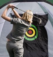 Woman practicing golf swing 11029014737| 写真素材・ストックフォト・画像・イラスト素材|アマナイメージズ