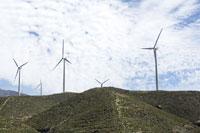 Windmills 11030002352  写真素材・ストックフォト・画像・イラスト素材 アマナイメージズ