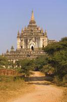Thatbyinnu Temple
