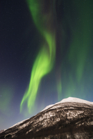 Northern Lights near Tromso, Troms, Norway 11030034247  写真素材・ストックフォト・画像・イラスト素材 アマナイメージズ