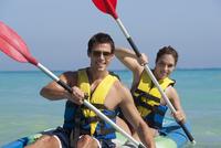 Couple Kayaking, Reef Playacar Resort and Spa, Playa del Carmen, Mexico