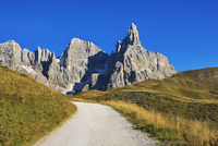 Cimon della Pala Mountainside, Pale di San Martino, Dolomites, South Tyrol, Italy 11030050800| 写真素材・ストックフォト・画像・イラスト素材|アマナイメージズ