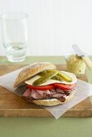 Roast Beef Sandwich 11030051029| 写真素材・ストックフォト・画像・イラスト素材|アマナイメージズ