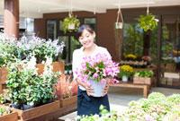 花屋の店員の女性