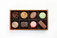 チョコレートの詰め合わせ 11031066160| 写真素材・ストックフォト・画像・イラスト素材|アマナイメージズ