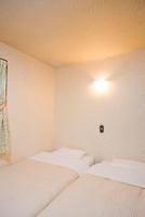ベッドルーム 11031071632| 写真素材・ストックフォト・画像・イラスト素材|アマナイメージズ