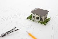 住宅模型と設計図