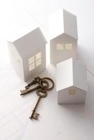 紙の家と鍵