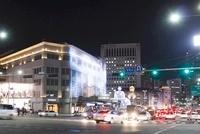 ソウルの繁華街の夜景